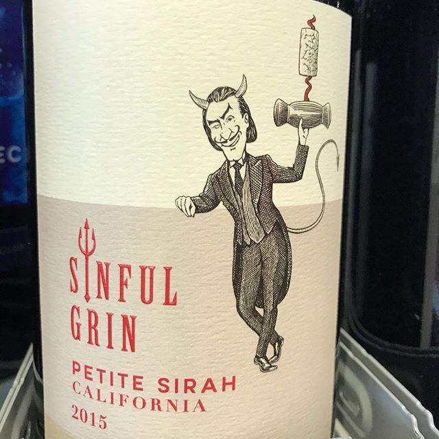 Day 13 of 31 Days of Halloween wine labels. It's Friday the 13th and this Sinful Grin makes an appearance. Looks like the devil uncorked it, but I drank it. Cheers! Follow for more..⠀